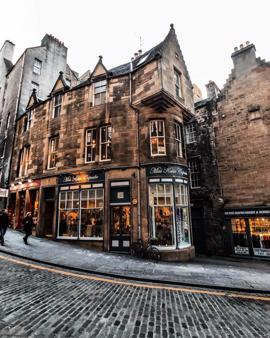 Edinburgh , Scotland | world | travel | edinburgh