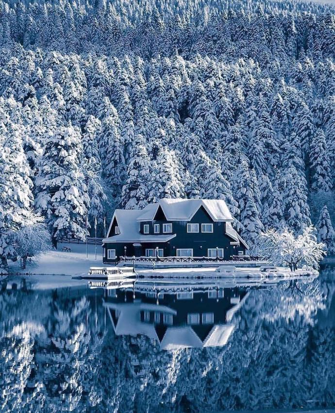 The Lake House | world | travel | nature