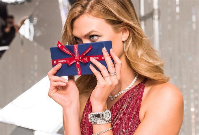 Модели в праздничной рекламной кампании Swarovski | campaign | swarovski | models